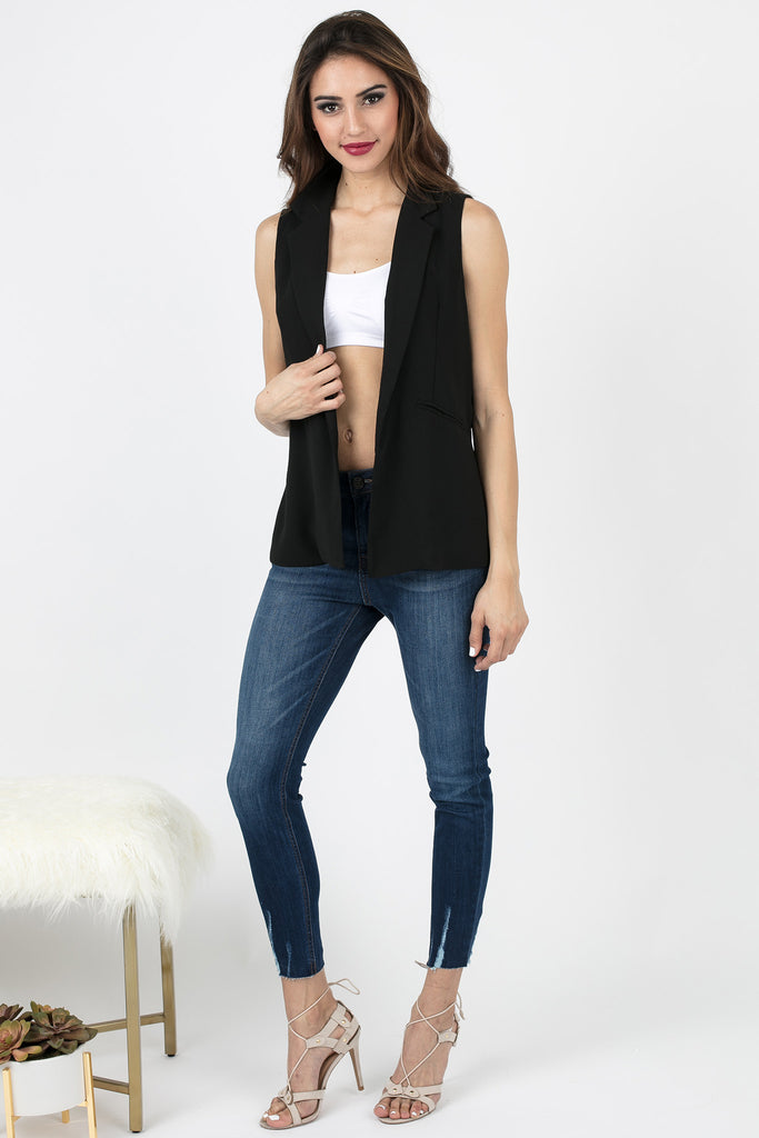 Black Sleeveless Sonia Pleated Vest