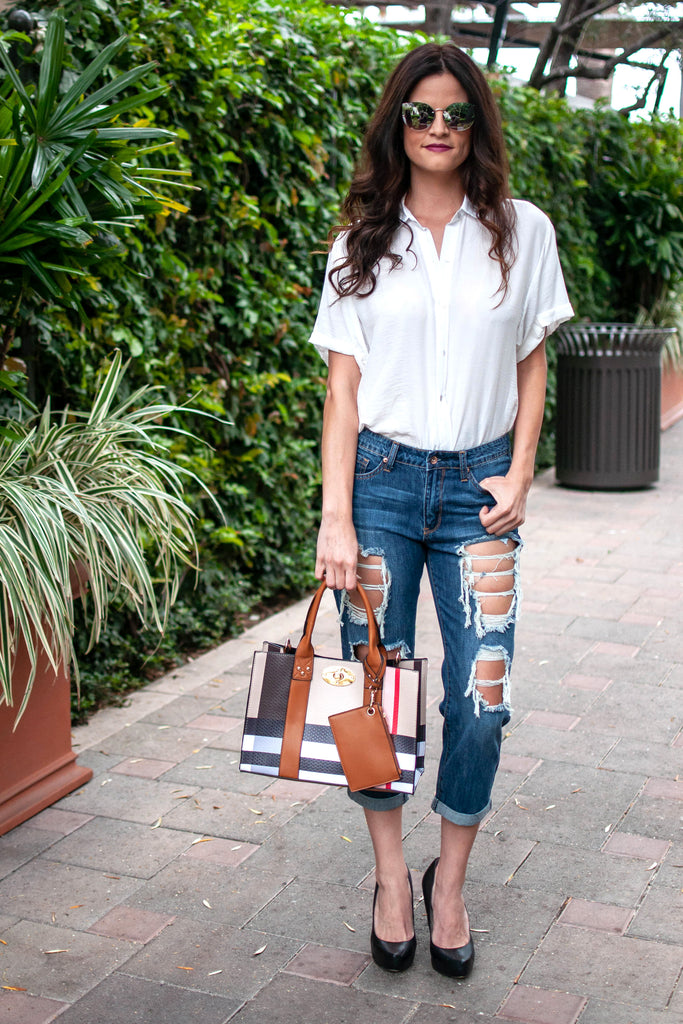 DARK WASH HIGH-WAISTED BOYFRIEND JEANS
