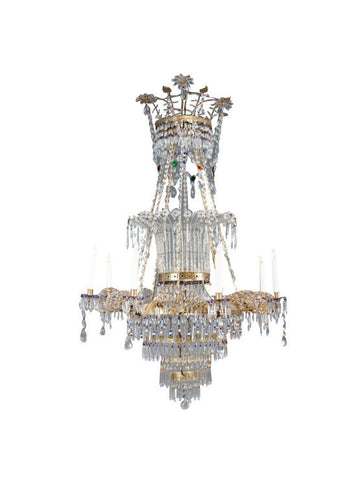 An Italian Neoclassical 8 Light Chandelier