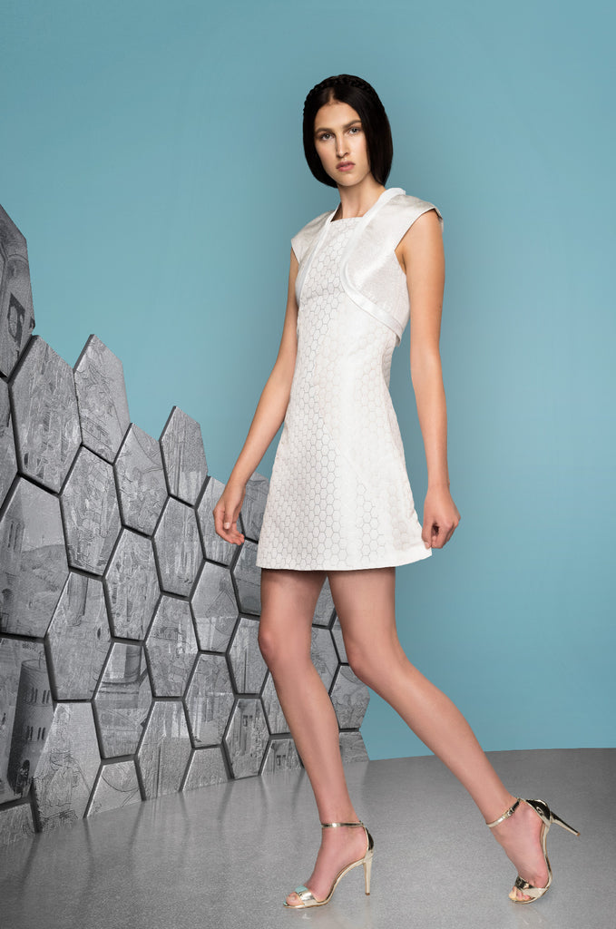 Hexagon Teir Panel Dress a-line short sleeve white silver model image photo picture