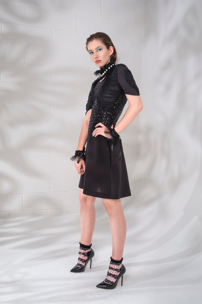 Dark Ruche Dress short sleeve black texture stretch sequin model image photo picture