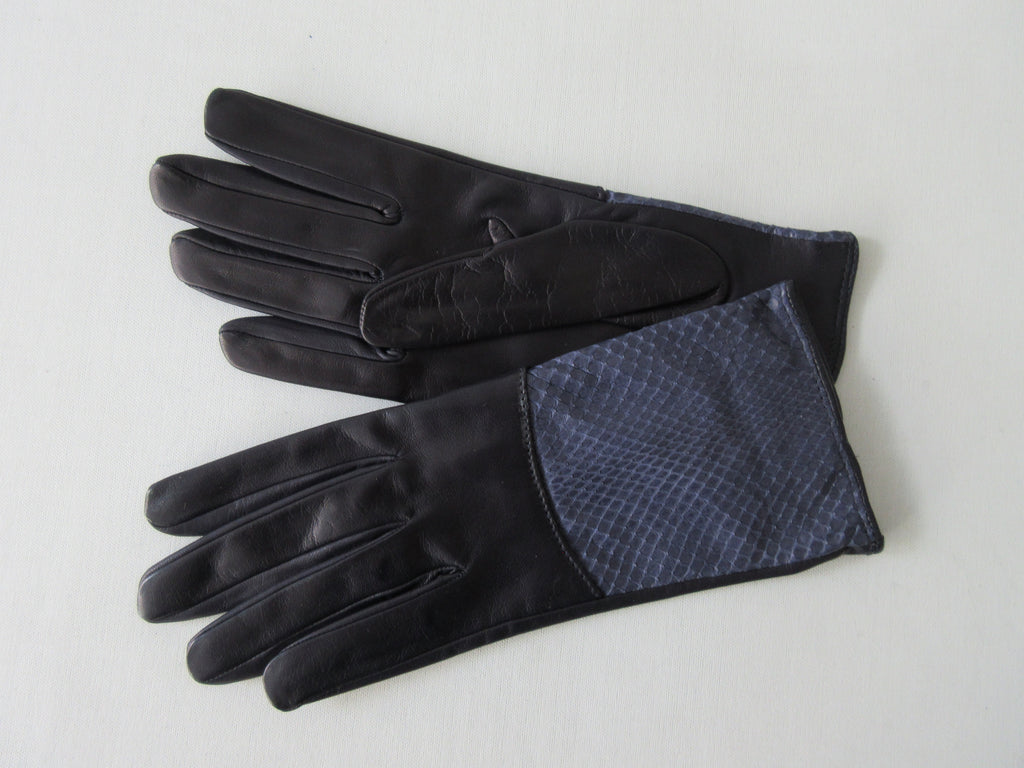 Gala Gloves Navy Glove with Snake Skin Top Panel. Item Number D510NEWS020 948.004. Soft navy leather with navy snake skin panel. 60g approximate weight. Made in Italy