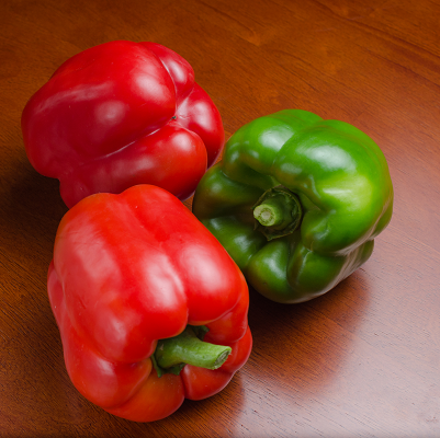 King Arthur Bell Pepper | Two Live Garden Plants | Non-GMO, Sweet, Ripens Green to Deep Red