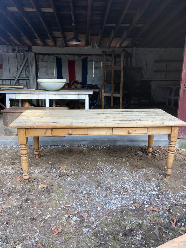 Classic pine table