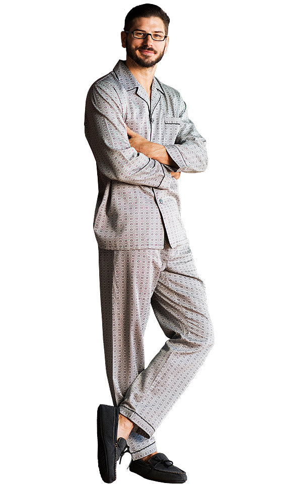 5cf6f746e4 Men s Pajamas - Winterlude Classic Style Cotton Sateen Print by Majestic  International ...