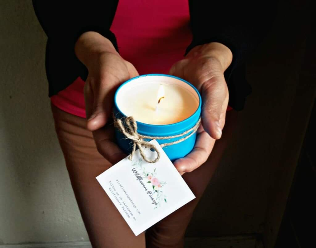 ethical hand poured lavender candle tin travel ethical gifts for do good shop made in mexico