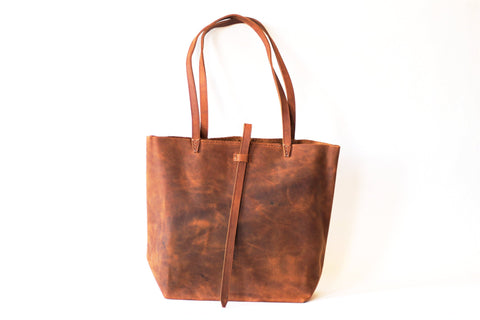 Medium Celia Leather Tote - do good shop ethical gifts
