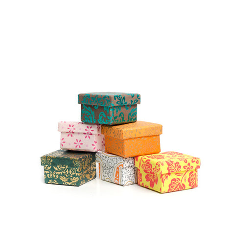 Gift Wrapping Options - do good shop