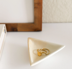Natural Tiny Triangle Dish