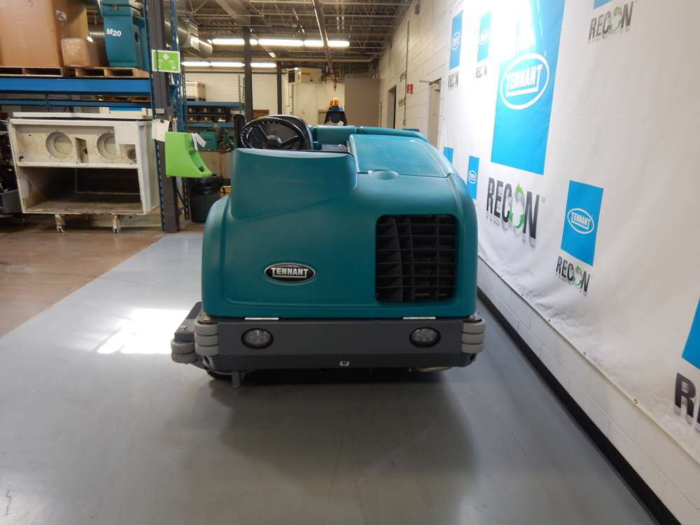 Used M30-4157 Sweeper-Scrubber