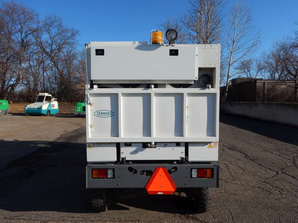 Used Sentinel-10002 Sweeper