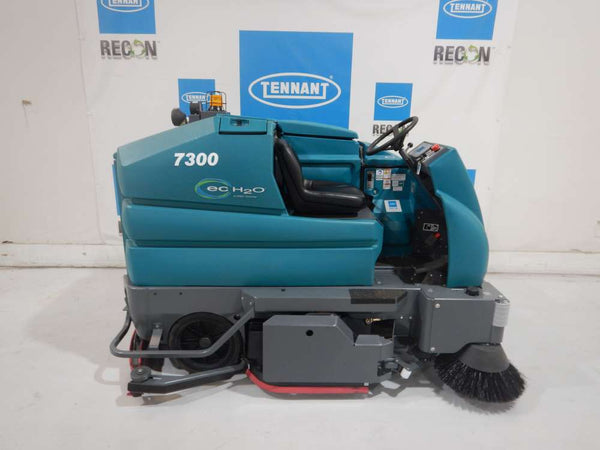 Used 7300-6237 Battery Scrubber