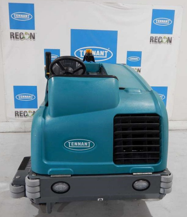 USED M20-2489 LP Sweeper-Scrubber