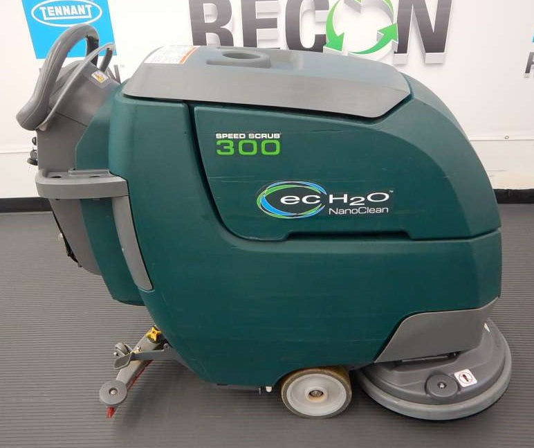USED Nobles SS300-10771906 Scrubber