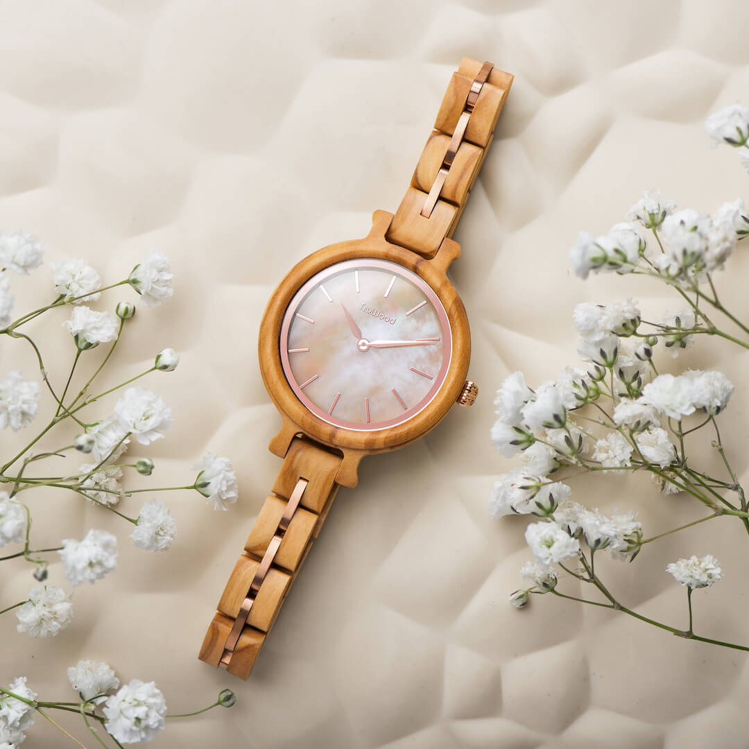 beautiful rose wooden watch by truwood