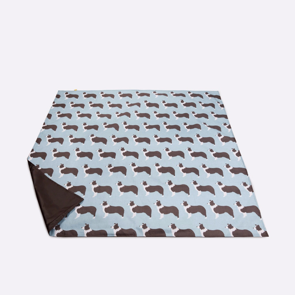 Picnic blanket with Border Collie design by Anorak Picnicware
