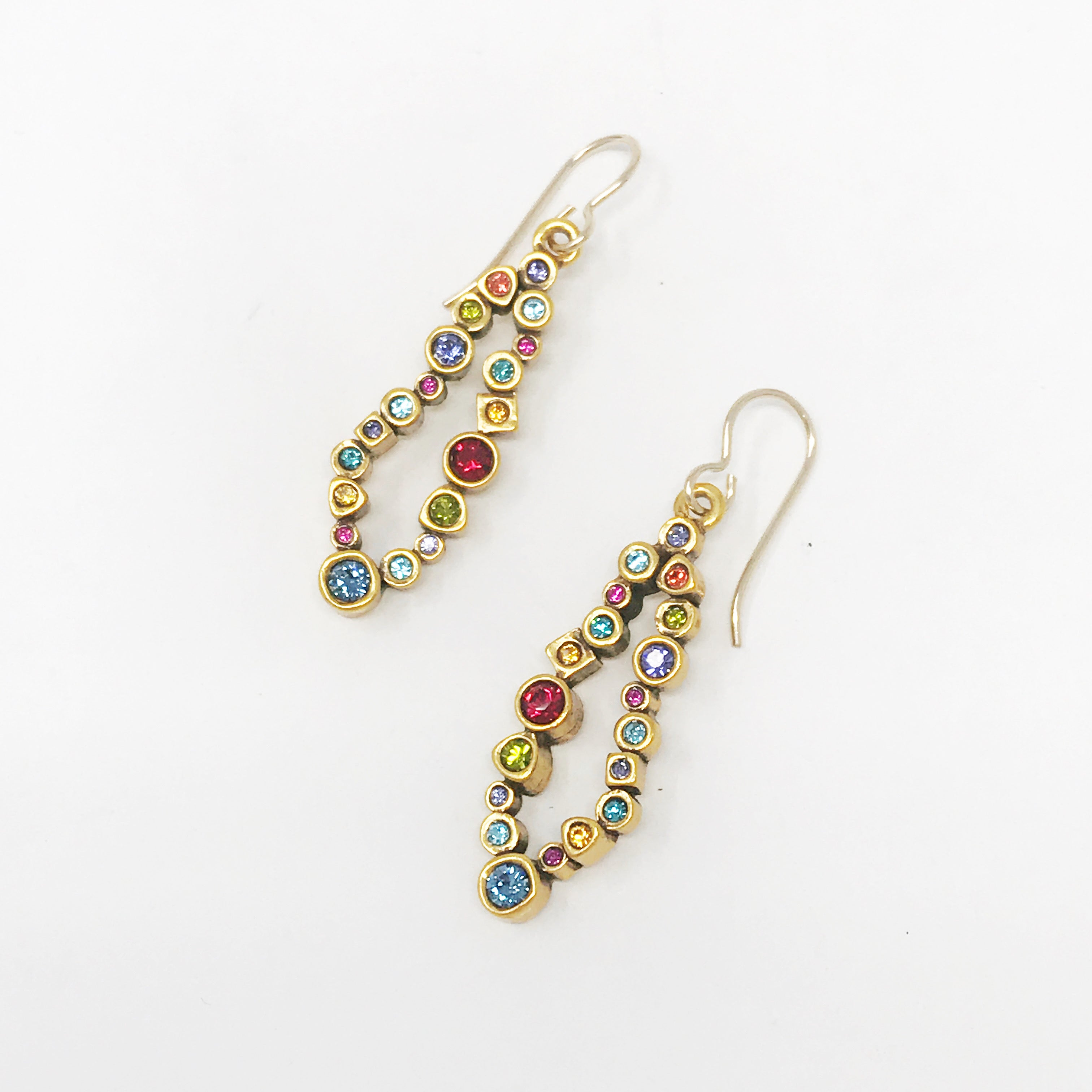 Beeline Earrings in Gold Prosecco