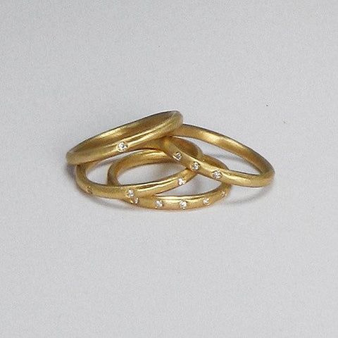 14k Yellow Gold Pod Band