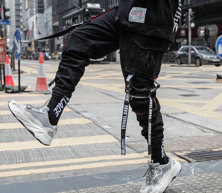 Streetwear Hip Hop Cargo Pants Pockets Men Casual Harajuku Harem Pants Pockets Ribbons Joggers Pants Black HipHop Sweatpants