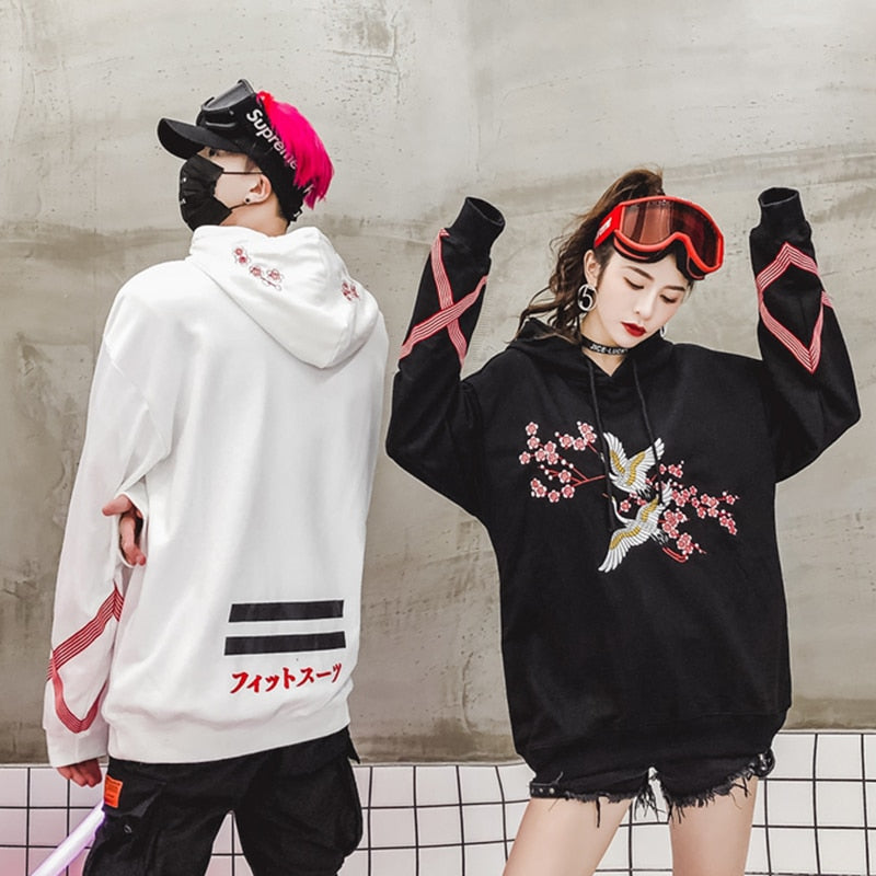Flower Animal Embroidery Pullover Hoodie Men Chinese Style Casual Hoodies Sweatshirts Fashion Hip Hop Streetwear