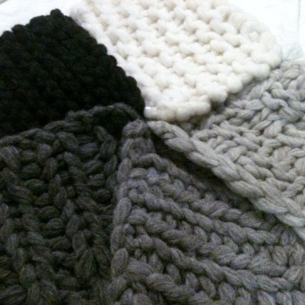 Moss Stitch Blanket - Chunky Knit Blanket