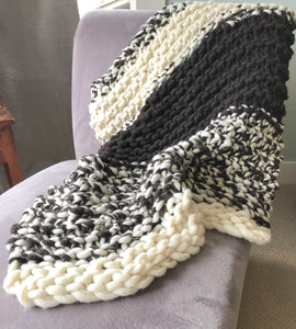 Chunky Blanket - Black and White Collection