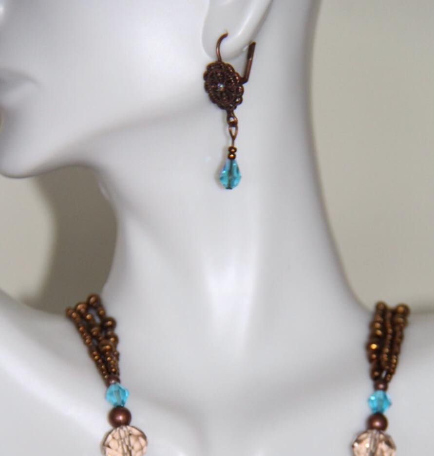 Blue and brown color beaded necklace set