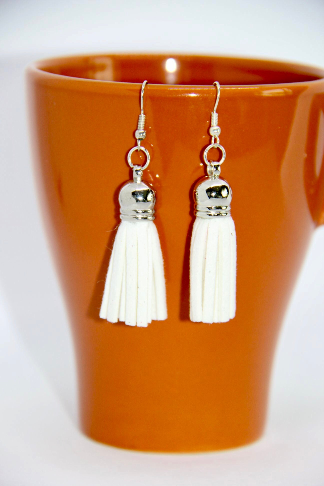 Earrings made with Suede Tassel