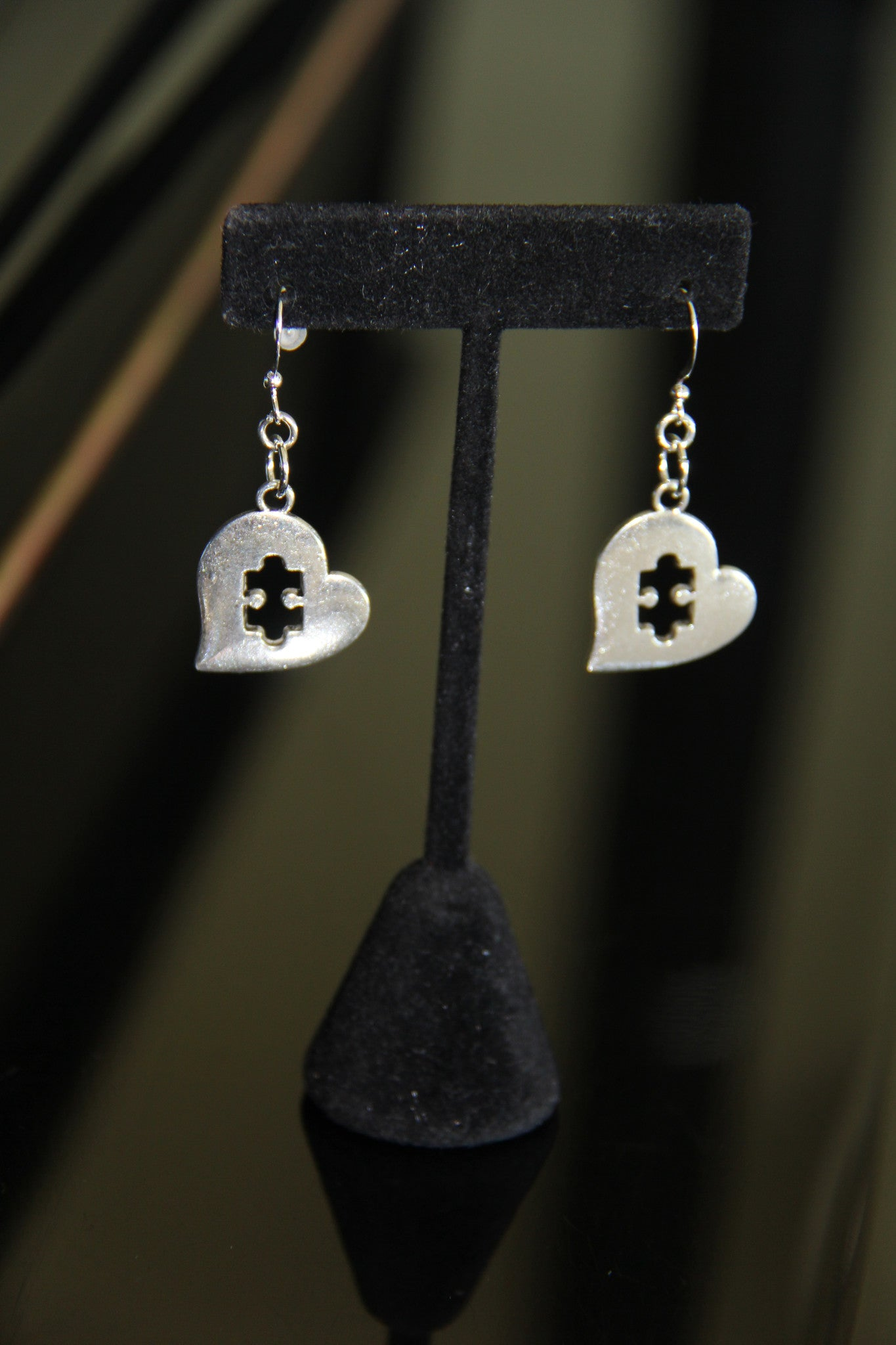 Silver puzzle heart ear rings