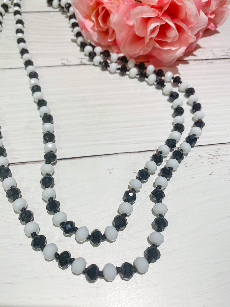 Oreo - Beaded Necklace 60