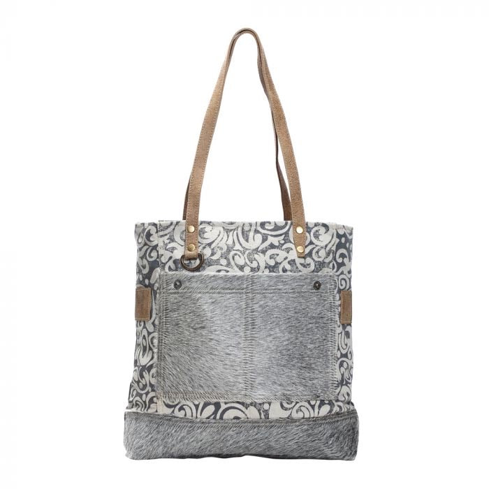 Mckenzie - Hairon Pockets Myra Tote Bag