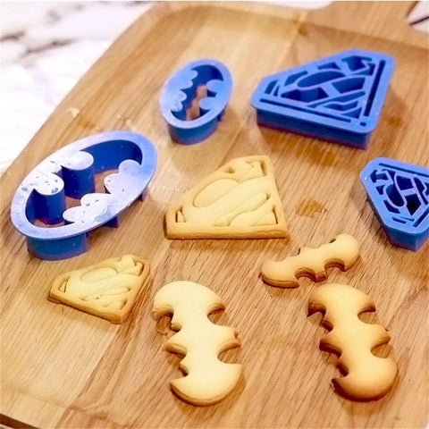 BATMAN COOKIE CUTTERS