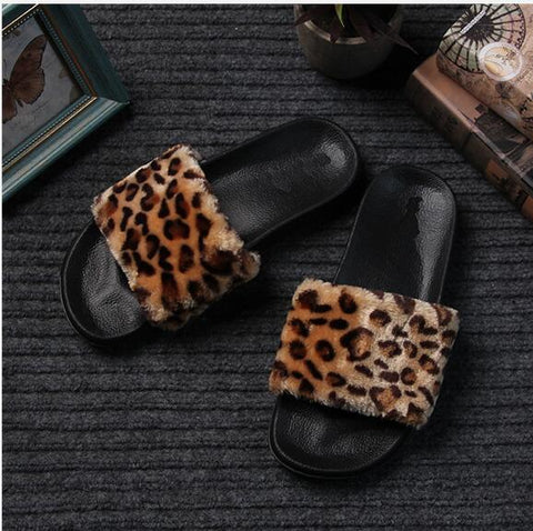 BOHO PLUSH FUR FLIP FLOP SLIDES