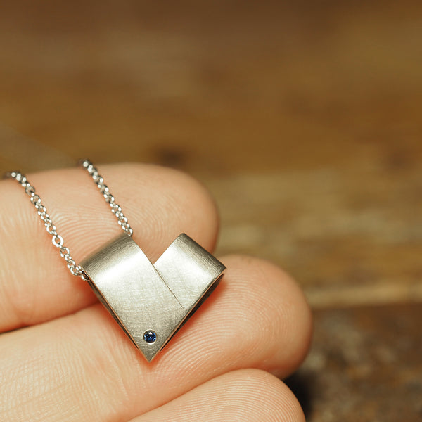 Sapphire White Gold Necklace | From the Heart