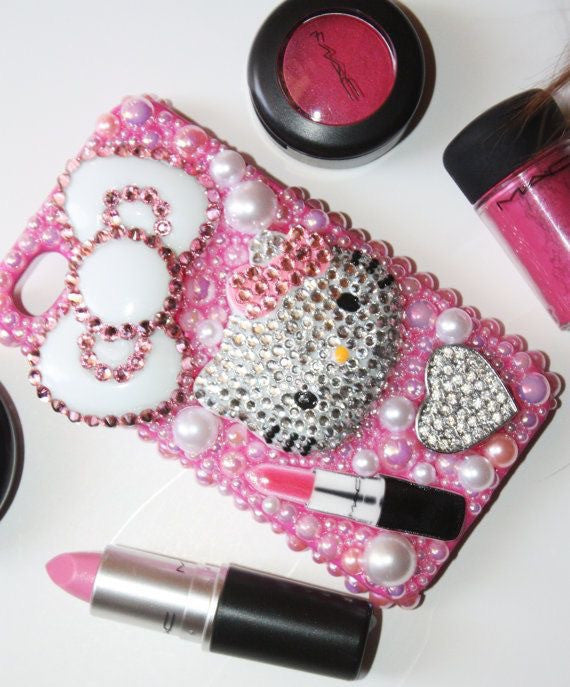 Design: Hello Kitty Loves Makeup -  - ai-candy-bling.myshopify.com
