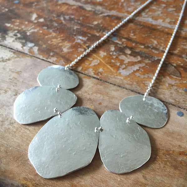 Pebble Fan necklace
