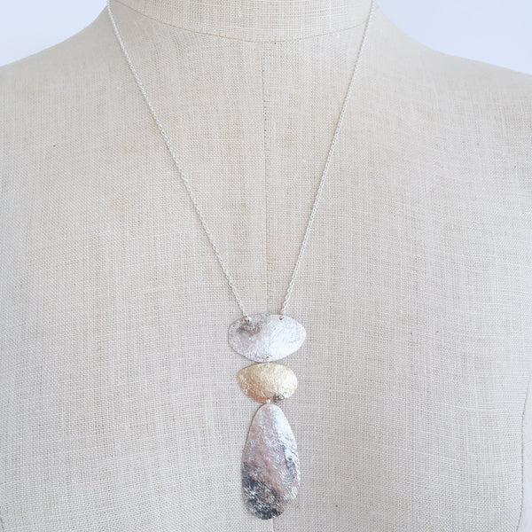 Standing stone necklace