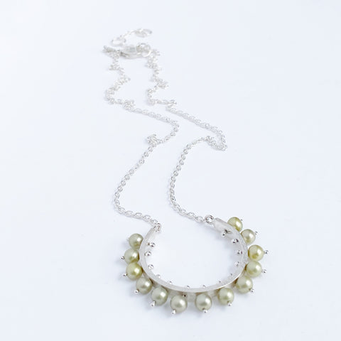 Radiant Pearl Necklace- medium, green pearl