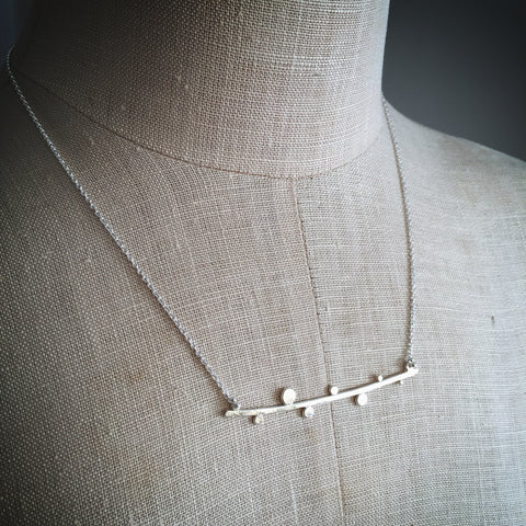 Dotted twig necklace