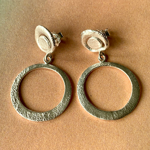 Molton Hoop Stud Earrings