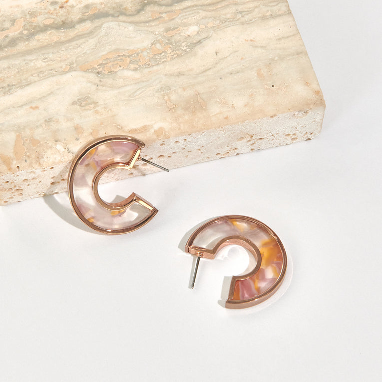 Mignonne Gavigan Mini Fiona Hoop Earrings Resin Coral