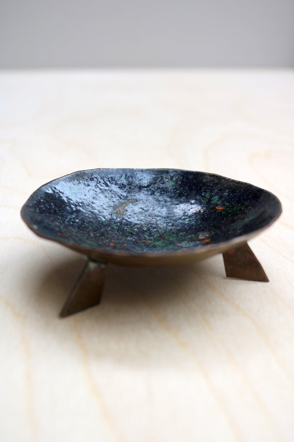 Enamelled copper dish