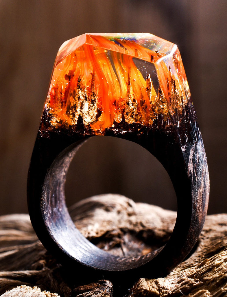 Ring Collection Secret Wood - Inside each of these wooden rings is a beautiful hidden world