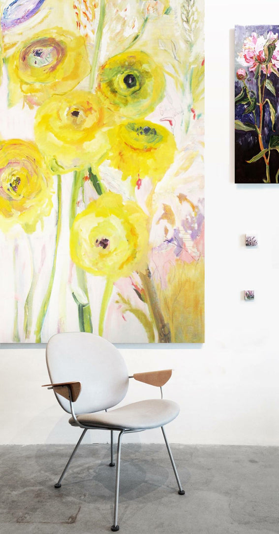 series-Floral Poetry-Golden-Ranunculus-Lies-Goemans-painting-floral-schilderij-120x200cm-interior2