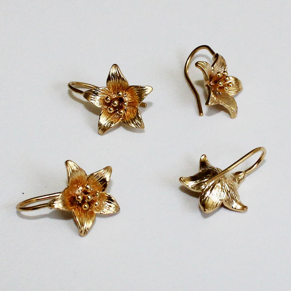 Jewelry - Earrings - Lily