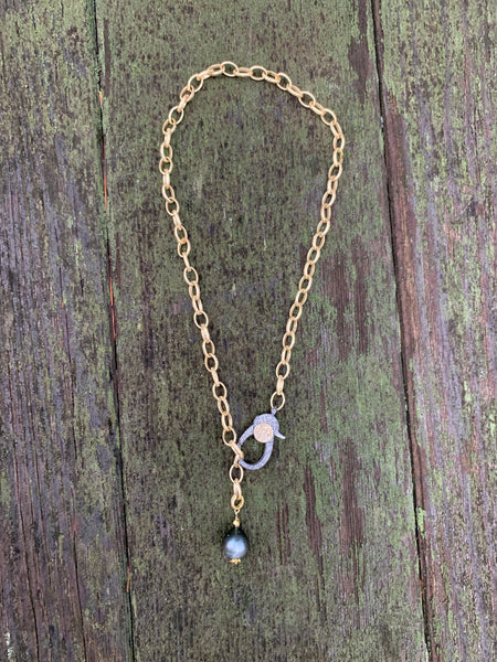 Two tone clasp necklace with Tahatian Pearl