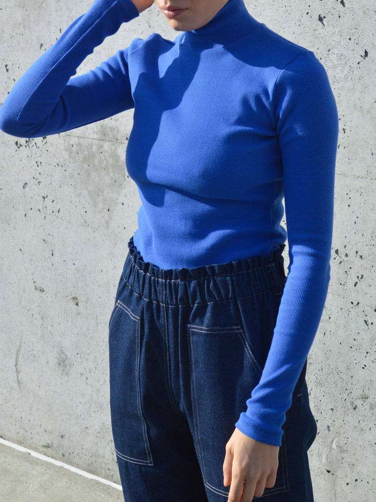 ADAMO blue turtleneck