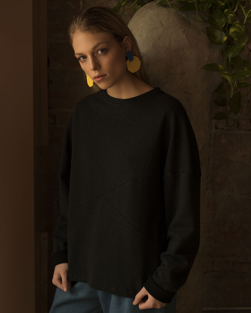 MANITOBA black hemp sweatshirt