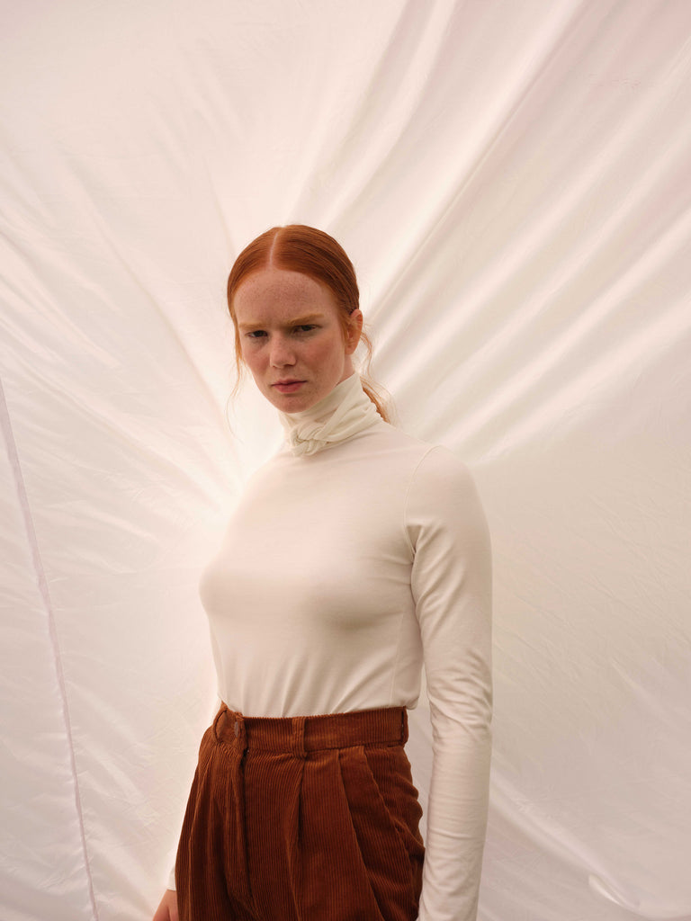 Turtleneck | DAMAS | Cream | Odeyalo