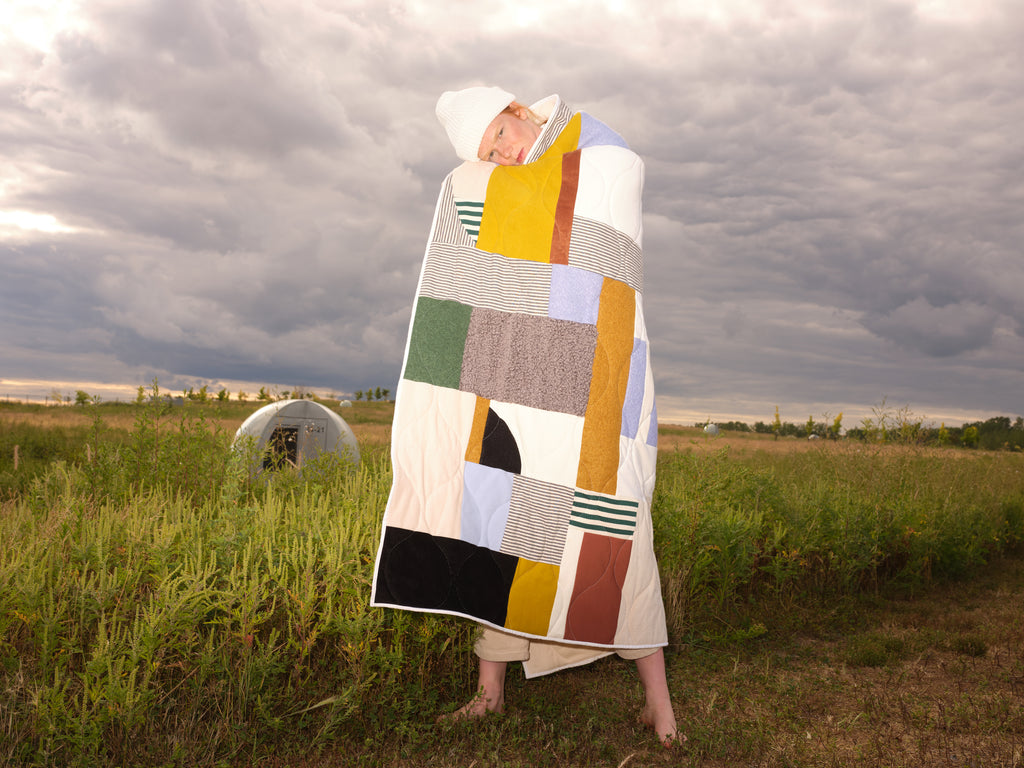 Quilted blanket | LE POINT VISIBLE | Odeyalo